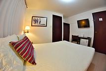 Yopalhotel.png