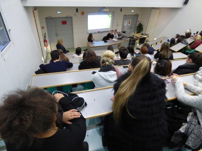 3_anciennes_élèves_du_Lycée_présentent_l'IFSI_de_Tulle_-_08-02-2018_-_Photo_17