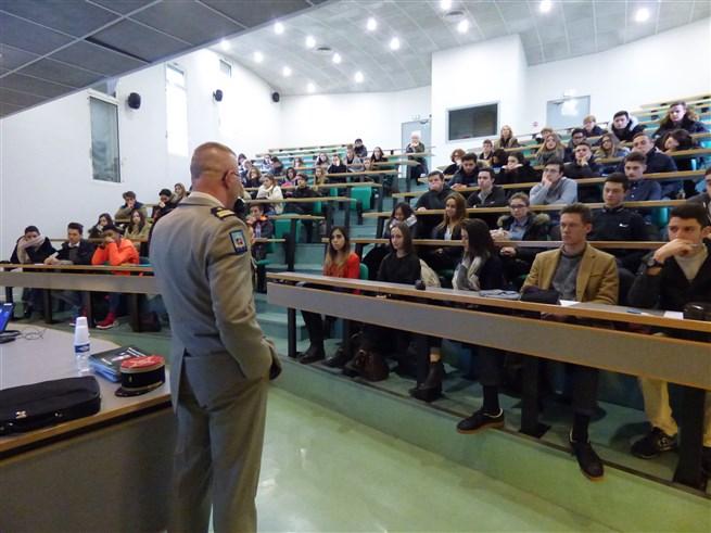 Intervention du Colonel Thomas MOLLARD CDC du 126RI et CDT de la BDD - 05-01-2017 - Photo 6