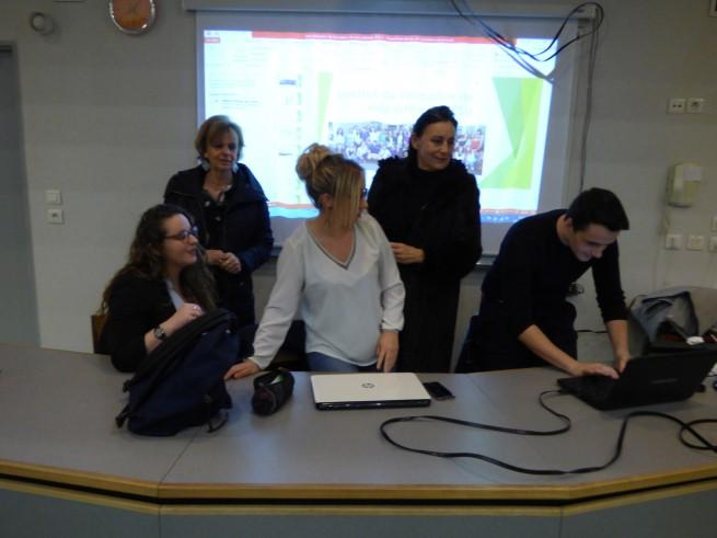 3_anciennes_élèves_du_Lycée_présentent_l'IFSI_de_Tulle_-_08-02-2018_-_Photo_4