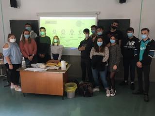 Terminales SPVL ont travaillé sur ce même thème en présentant une activité à Madame Pourchet.