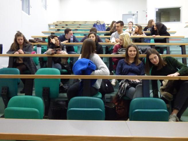 3_anciennes_élèves_du_Lycée_présentent_l'IFSI_de_Tulle_-_08-02-2018_-_Photo_8