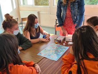 Semaine du développement durable - Les élèves de seconde animation ont été initiés au jeu de société