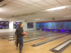 Sortie au Bowling des Internes - Photo 1
