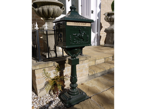 Dutch Imports Aluminium Post Box Green