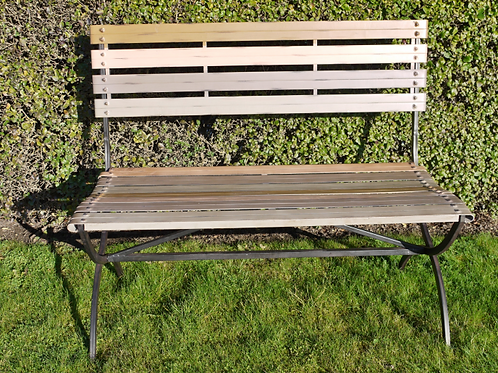 Dutch Imports Wooden Finish Bench