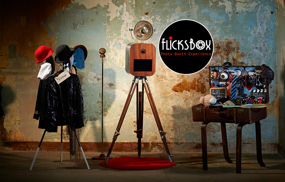 Beautiful retro-modern Photo Booth