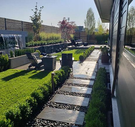 NewGeneration_Contemporary-Backyard.jpg