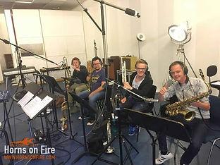 Blazerssectie Horns on Fire. Studio, Live, Arrangementen, Blazerspartijen