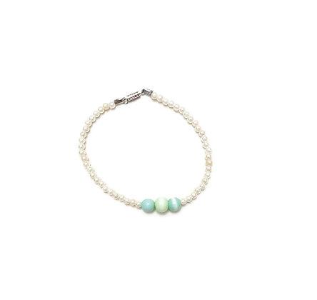 The lady bracelet
