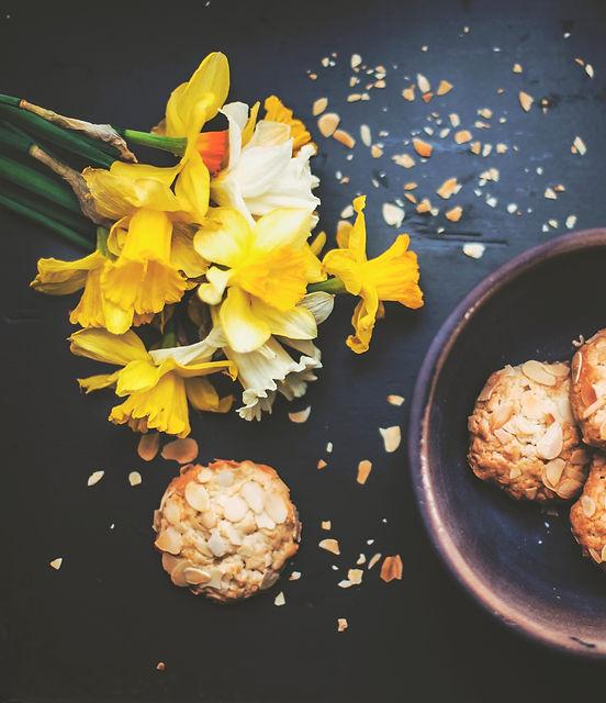 Cookies%20and%20Flowers_edited.jpg