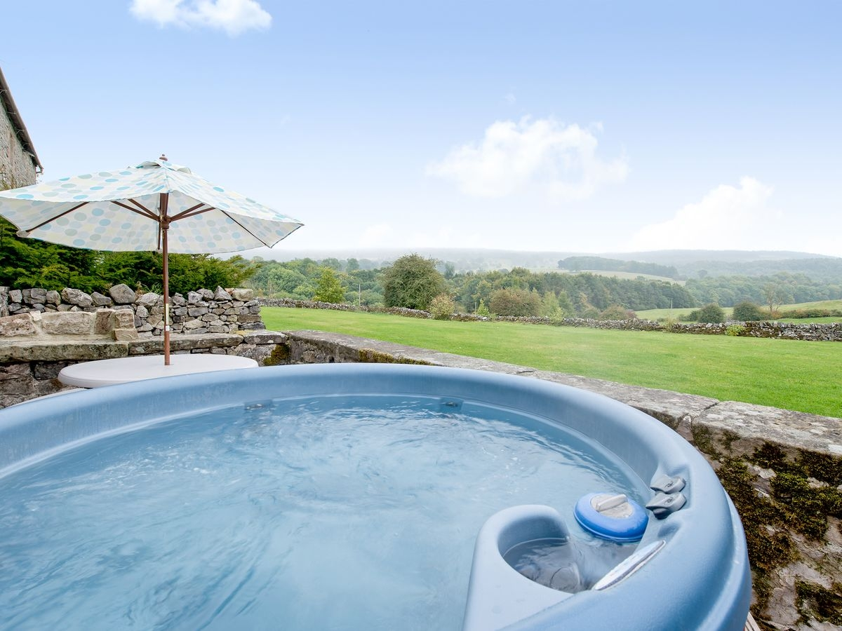Hot tub _ Priesthill, Alport, nr. Bakewell