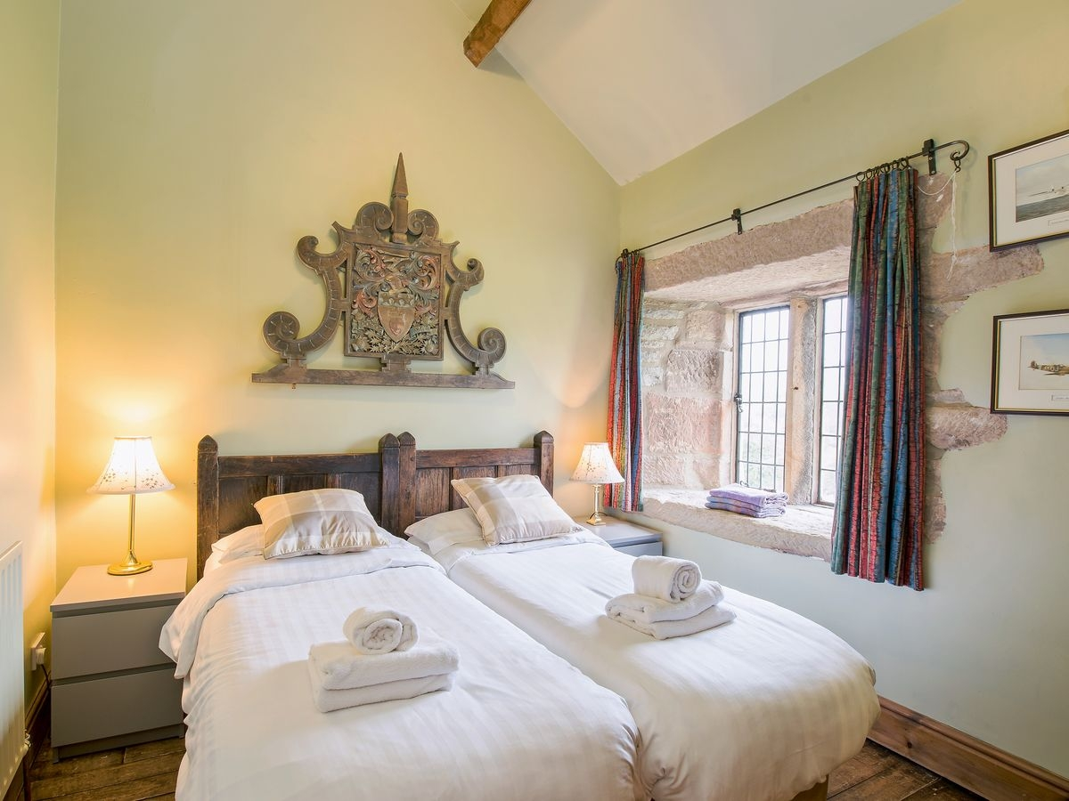 Twin bedroom _ Harthill Hall - Hartle, Alport, nr. Bakewell