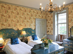 Characterful twin bedroom - Lea Hall, Matlock
