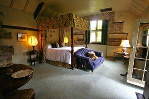 large Holiday Cottage Derbyshire 10