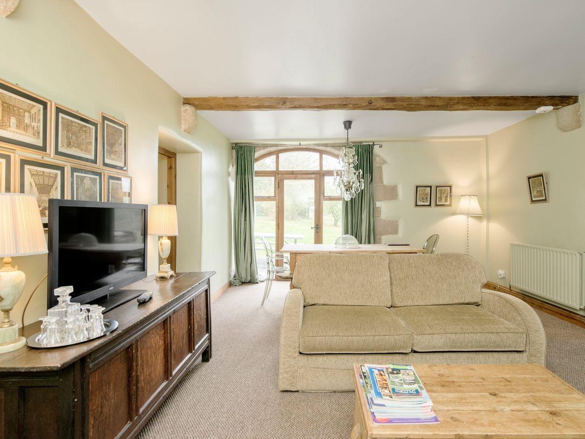 Living room_dining room _ Harthill Hall - De Ferrers, Alport, nr. Bakewell 2