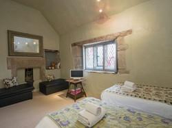 Twin bedroom _ The Manor House, Alport, nr. Bakewell 2