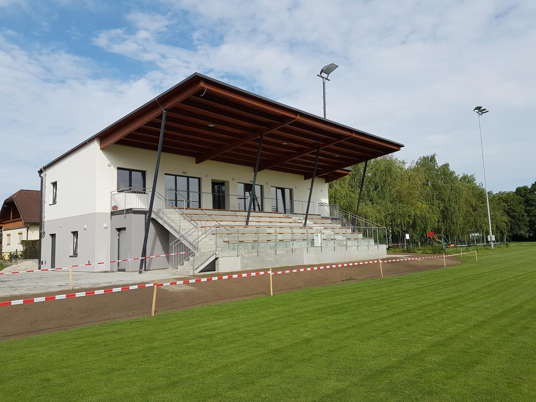 Sportplatz Ladendorf