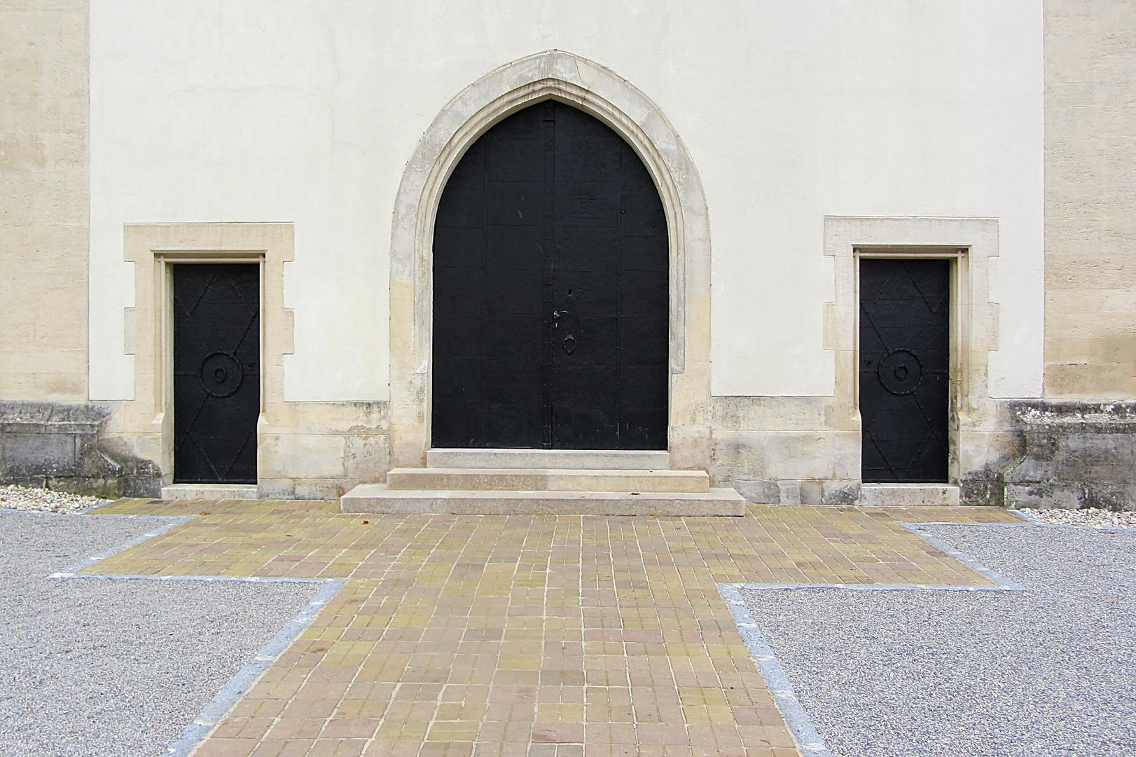 Kirchenvorplatz Mistelbach