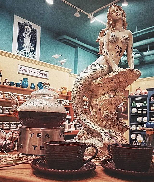 Mermaid - take me to the sea... but first tea at Harbor Tea & Spice
