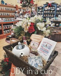 Harbor Tea & Spice Gift Basket 4