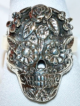 """""""Dia de los Muertos"""" Sterling Ring"""
