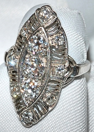 #530 Platinum Diamond Ring