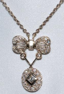 #1012 18k White Gold Diamond Necklace WE