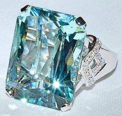 #412 - Aquamarine & Diamond Fashion Ring