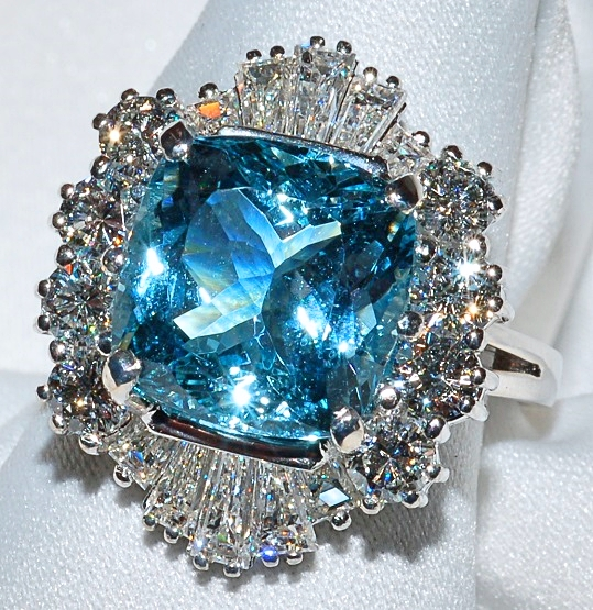 #323 - Aquamarine & Diamond Ring WEB