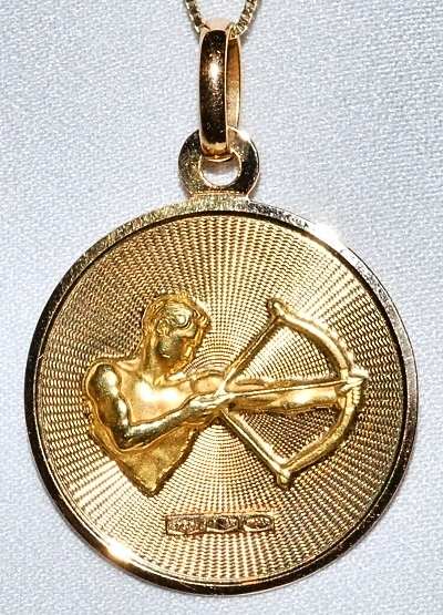 #1014B 18k Yellow Gold Disk Pendant WEB.