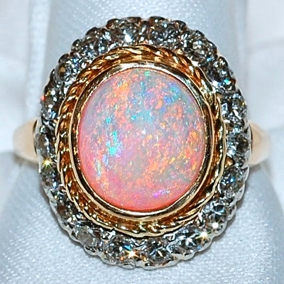 #977 14k Opal - 3.58cts & Dia-.72cts