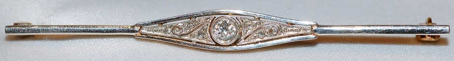 #841 Edwardian Diamond Bar Pin