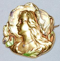 14k Art Nouveau Brooch