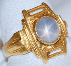 #525 22k Star Sapphire Ring