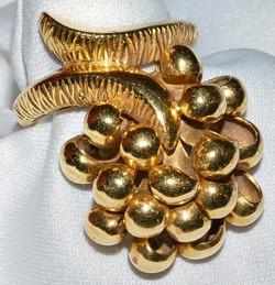 #750 - 18k High Fashion Ring WEB