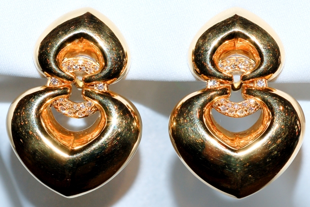 #320 BULGARI 18k Diamond Earrings