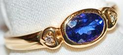 #410 Tanzanite 1.01ct & Dia Ring