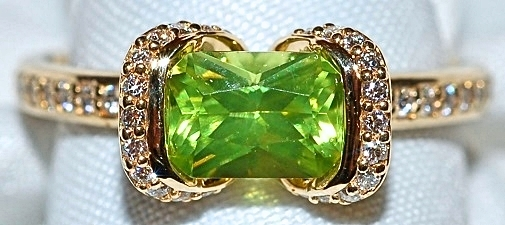 #535 Peridot & Diamond Fashion Ring WEB2
