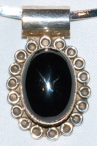 Taxco Sterling Onyx Pendant WEB