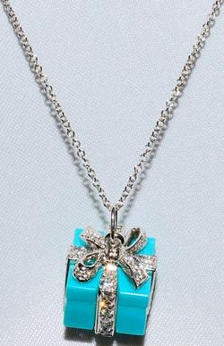 #931 - Platinum Turquoise & Diamonds Nec