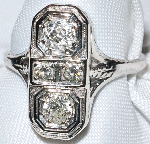 #105 Art Deco 18k Diamond Ring WEB