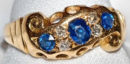 #135 18k Sapphire & Diamond Ring