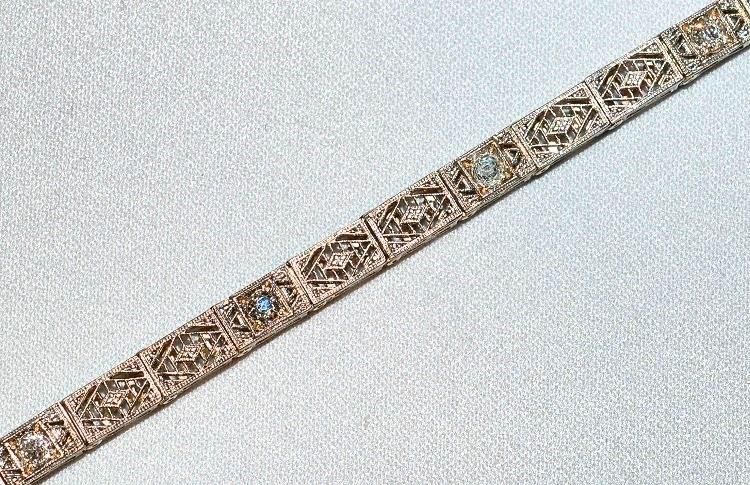 #257 14k Old Mine Cut Dia Bracelet