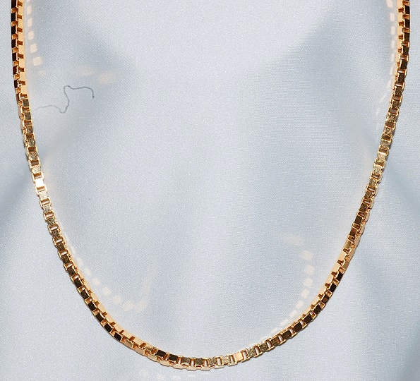 #129 - 14k Gold Box Chain Necklace WEB