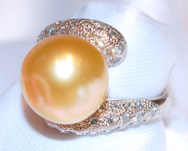 #725 Golden South Sea Pearl Ring
