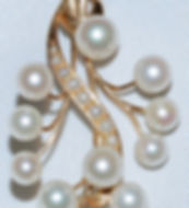 #964 - Cultured Pearl Gold Pin    WEB.jp