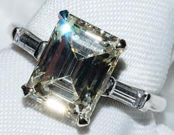 #220 - Diamond Platinum Engagement Ring WEB
