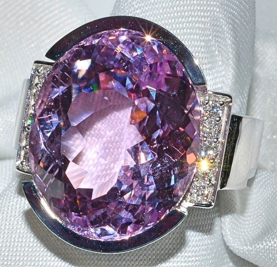 #137 - Kunzite Diamond Ring WEB