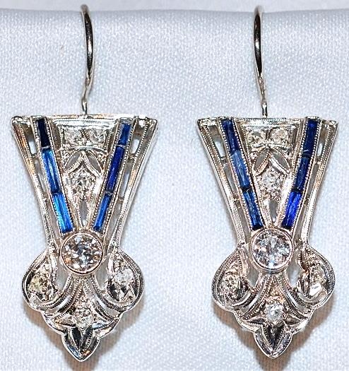 #654 Plat Deco Style Earrings